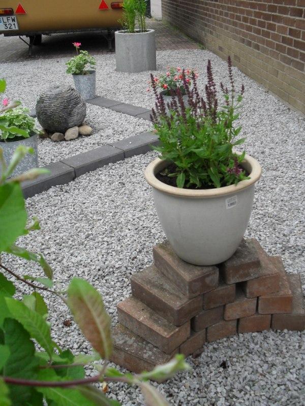 tradgarden_plantering2010-017